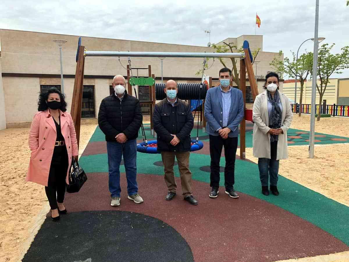 Inaugurado un nuevo parque infantil en el recinto ferial de Villarrubia de los Ojos