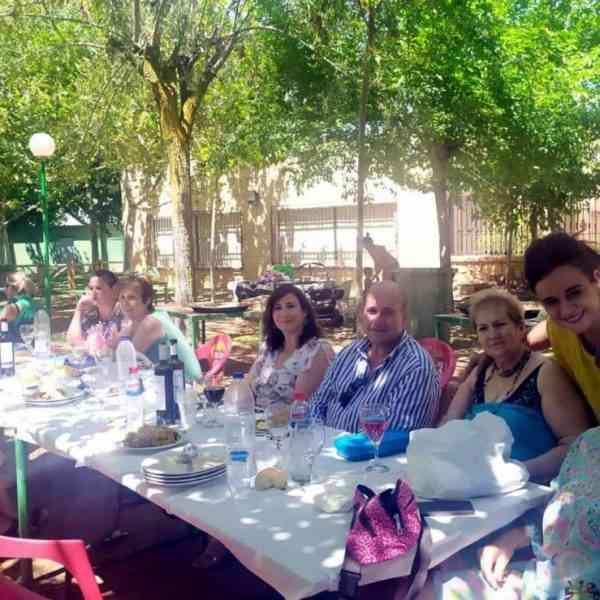 Jornada de convivencia de asociaciones de mujeres de Villarrubia de los Ojos en Lagunas de Ruidera